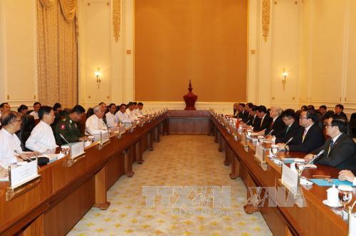 Tổng Bí thư Nguyễn Phú Trọng hội đàm với Tổng thống Myanmar Htin Kyaw - Ảnh 1.