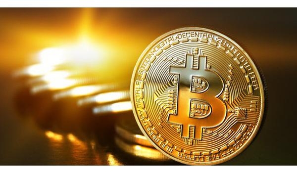 Bitcoin - thứ hacker phát tán WannaCry muốn - đang có giá kỷ lục ở Việt Nam - Ảnh 1.