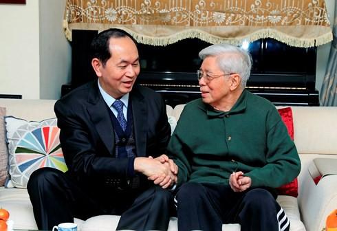 Chủ tịch nước chúc Tết các trí thức tiêu biểu của Hà Nội - Ảnh 2.