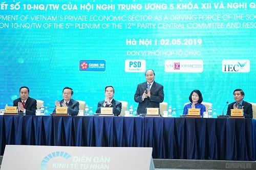 Thủ tướng nêu các 'từ khóa' kích hoạt kinh tế tư nhân - Ảnh 2.