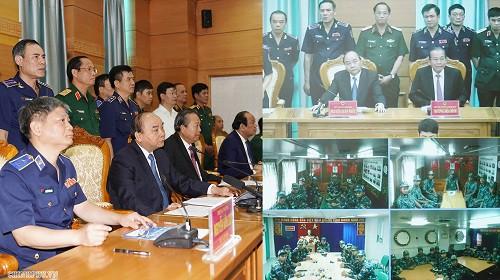 Thủ tướng làm việc với Bộ tư lệnh Cảnh sát biển - Ảnh 1.