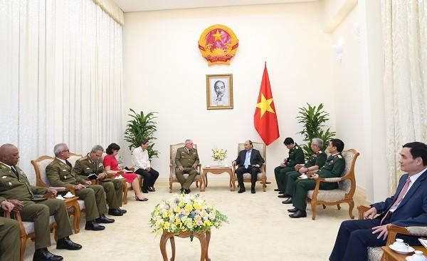 Việt Nam luôn sẵn sàng giúp đỡ Cuba - Ảnh 1.