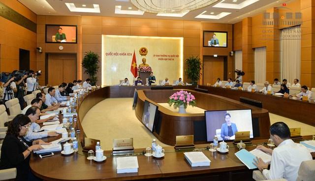 Khai mạc Phiên họp thứ 14 của Ủy ban thường vụ Quốc hội khóa XIV - Ảnh 1.