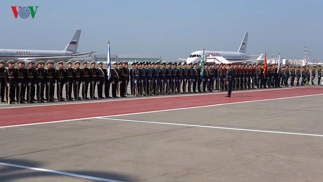 Ảnh: Lễ đón Tổng Bí thư tại sân bay Vnukovo, Liên Bang Nga - Ảnh 1.