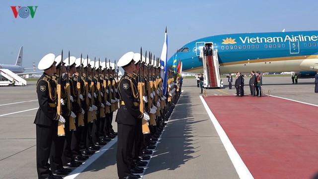 Ảnh: Lễ đón Tổng Bí thư tại sân bay Vnukovo, Liên Bang Nga - Ảnh 4.