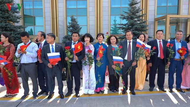 Ảnh: Lễ đón Tổng Bí thư tại sân bay Vnukovo, Liên Bang Nga - Ảnh 7.