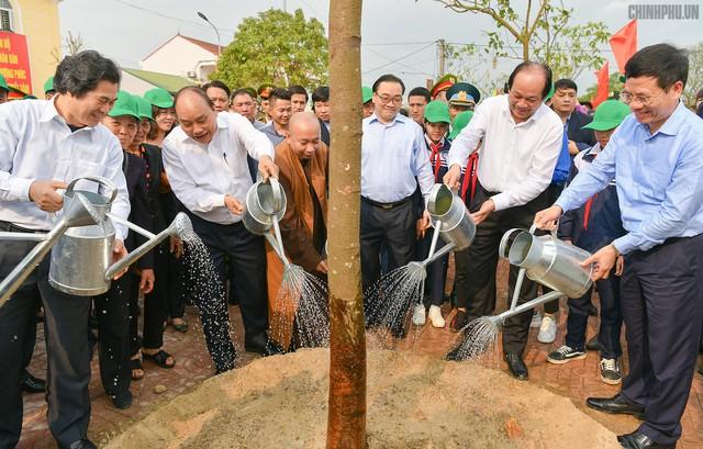 Thủ tướng mong mỗi gia đình Thủ đô trồng một cây, tạo nét đẹp mới của Hà thành - Ảnh 2.