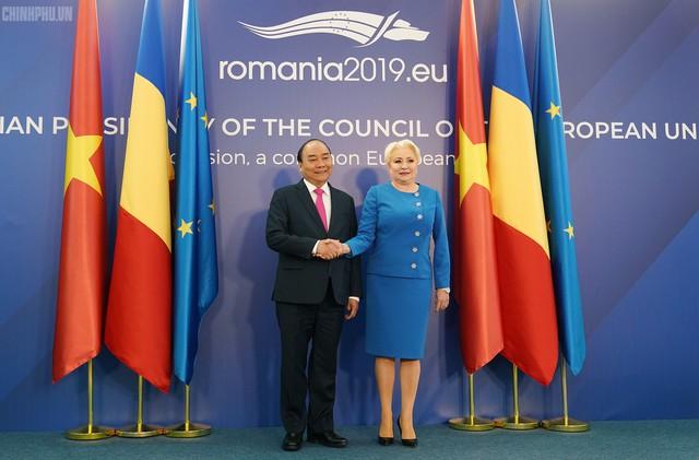 Thủ tướng Việt Nam, Romania hội đàm - Ảnh 1.