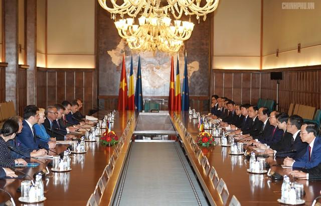 Thủ tướng Việt Nam, Romania hội đàm - Ảnh 2.