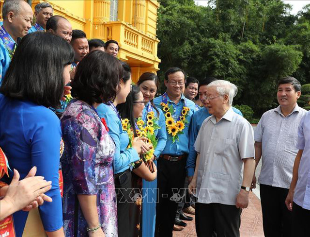 Tổng Bí thư, Chủ tịch nước gặp mặt Đoàn đại biểu Chủ tịch công đoàn cơ sở tiêu biểu - Ảnh 3.