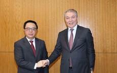Việt Nam coi trọng việc tăng cường quan hệ với Đảng Cộng sản LB Nga