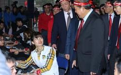 Phó Thủ tướng Trương Hòa Bình dự Chương trình Chủ nhật đỏ
