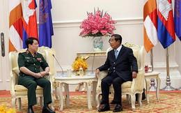 Thủ tướng Hun Sen tiếp Thượng tướng Lương Cường