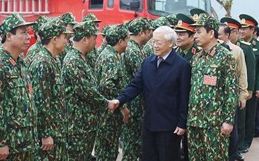 Tổng Bí thư kiểm tra công tác huấn luyện của một số đơn vị quân đội