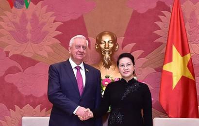 Chủ tịch Quốc hội tiếp Chủ tịch Thượng viện Cộng hòa Belarus