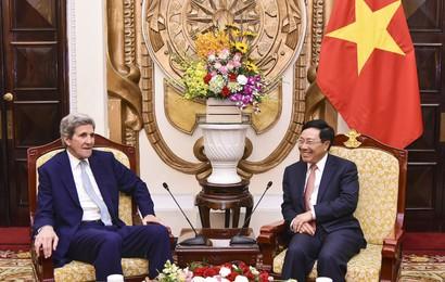 Phó Thủ tướng, Bộ trưởng Ngoại giao Phạm Bình Minh tiếp cựu Ngoại trưởng Hoa Kỳ