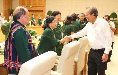 Phó Thủ tướng Thường trực tiếp đoàn cựu TNXP giao vận Quảng Đà